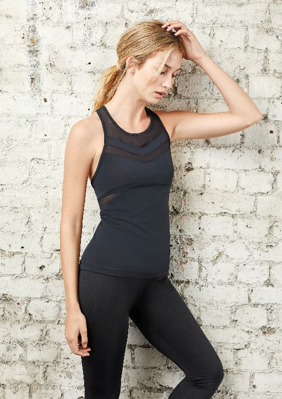 Mesh-Panel-Sports-Vest-B07CPTVG7H--pound-14.40-EUR-16.00-leggings-B01MSENA7J--pound-14.00-EUR-16.00
