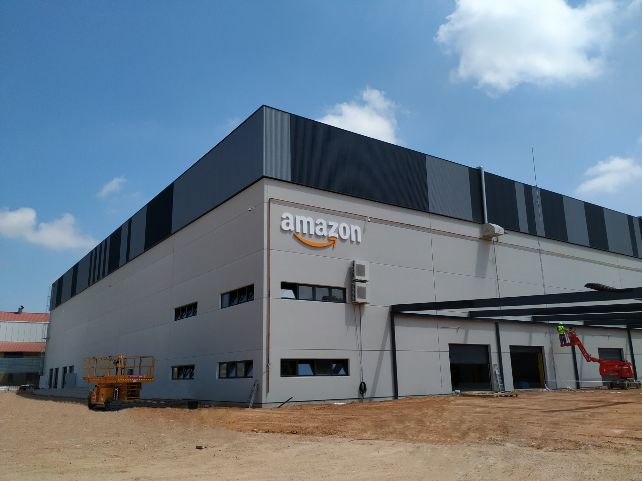190725_Amazon in Siero, Asturias