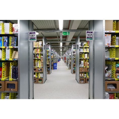 Pick-tower-centro-logistico-Amazon.es-