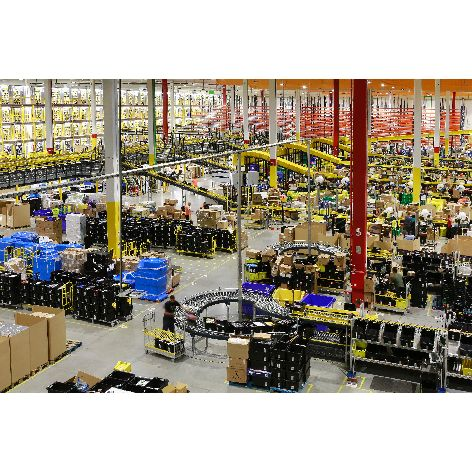 Vista-general-centro-logistico-Amazon.es-